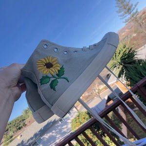 Sunflower converse